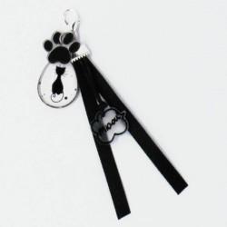 Bijou de sac chat noir assis, Tribu de chats