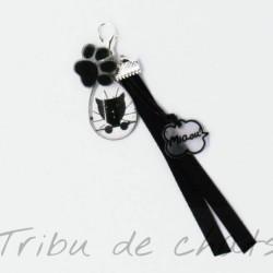 Bijou de sac tête de chat noir curieux, Tribu de chats