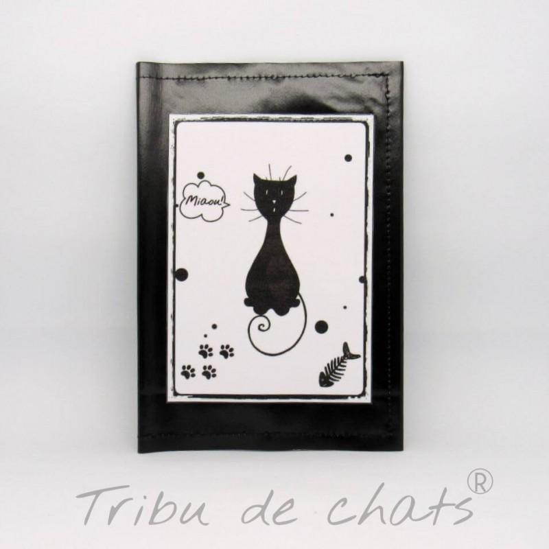 Protège carnet de santé pour chat, motif silhouette de chat noir assis, toile cirée,noir et blanc, Tribu de chats