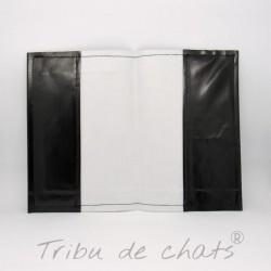 Protège carnet de santé pour chat, motif silhouette de chat noir, toile cirée,noir et blanc, intérieur Tribu de chats