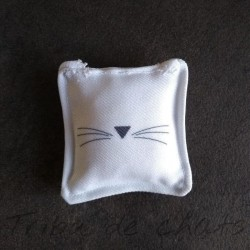 Jouet pour chat, carré moustaches, Tribu de chats