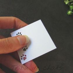 Marque-place carré mariage, découpe en forme de pattes de chat, Tribu de chats