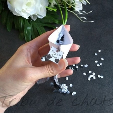 cornet-a-confetti-mariage-a-personnaliser-tribu-de-chats