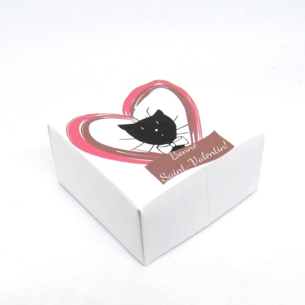 Boite à chocolats de Saint-Valentin, motif monsieur chat dans un coeur, Tribu de chats